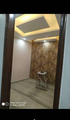 2bhk floor natural light 60SqYd With car Parking