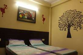 NO BROKERAGE 500+ Modern PGs for Boys and Girls in Noida