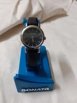 Sonata wrist watch for ladies