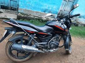Pulsar 150 Only 2 years old ... urgent need of money