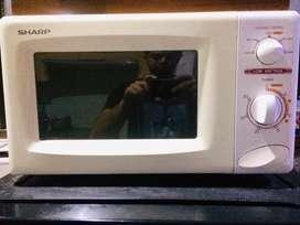 Microwave - Sharp (Kondisi Sangat Baik)