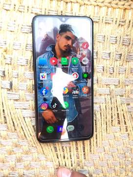 New band phone jiva okk koi problem nhi 6month di warranty a