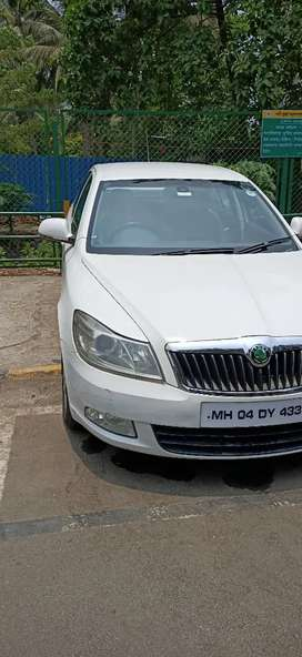 Skoda Laura 2009 AT Diesel Well Maintained luxury sedan