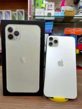 Brand new iPhone 11 Pro Max 256gb Silver 92% 18w full kit