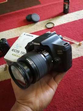 Kamera dslr canon 1300D wifi fullset lensa 18-55 full efek hunting