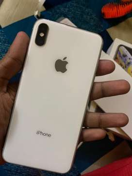 Iphone xs Max 256gb silver color
