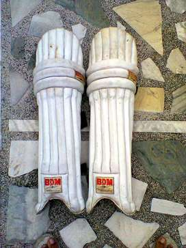 LEG PADS FOR CRICKET