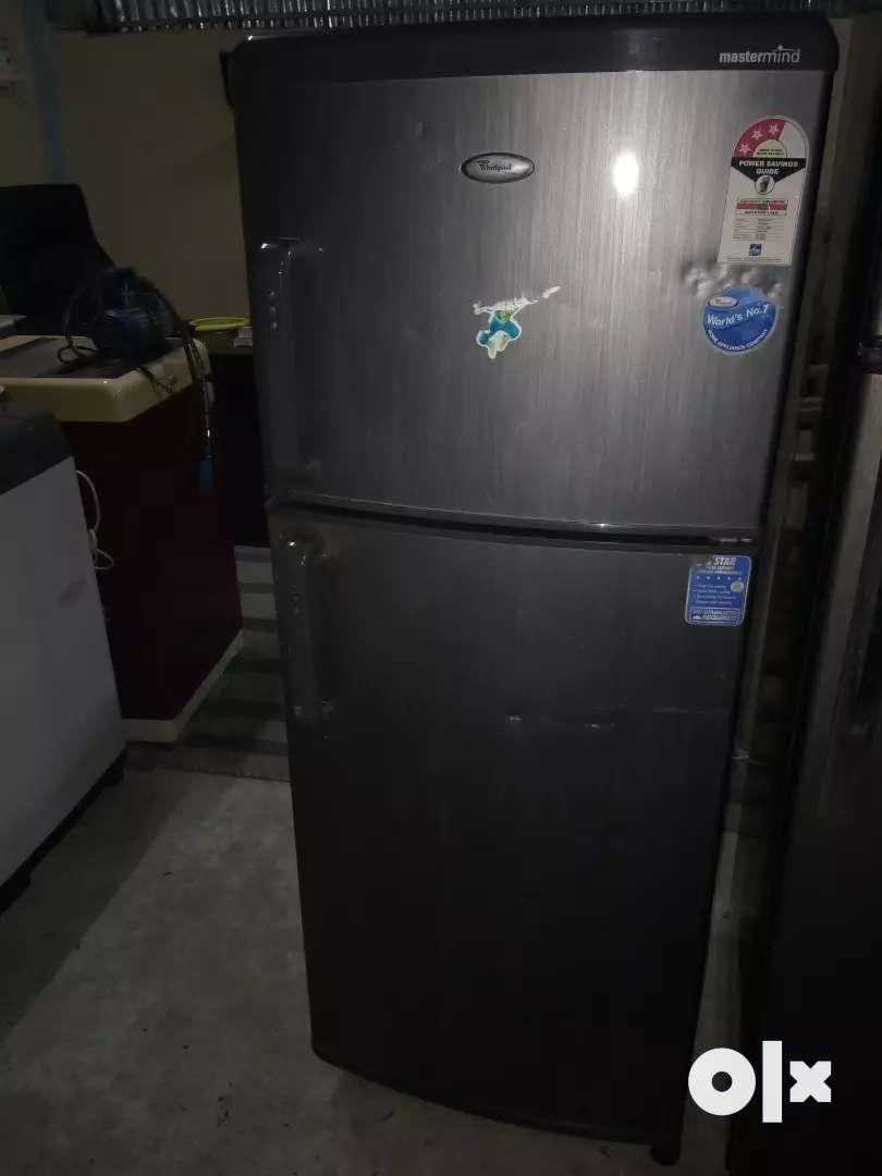 WHIRLPOOL 220 LTRS DOUBLE DOOR 0