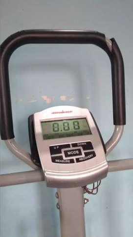 Fitness body training treadmill