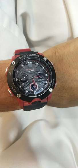 Casio g-shock watch .digetal and analog .full water pruf.