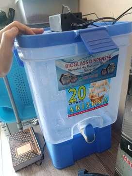 Dispenser bioglass