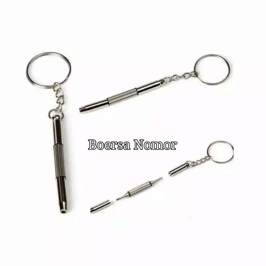 Gantungan Kunci Serba guna / Gantungan Kunci Obeng Mini / Obeng Kecil