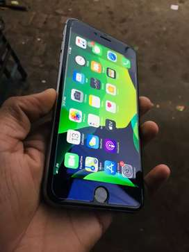 iPhone 6s plus 64GB showroom condition with all original accessories