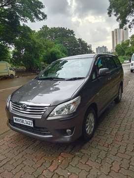 Toyota Innova 2012 Diesel Well Maintained