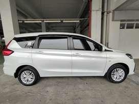Suzuki Ertiga putih murah siap di pinang