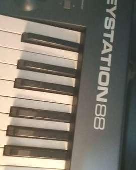 Midi controller m.audio 88 keys