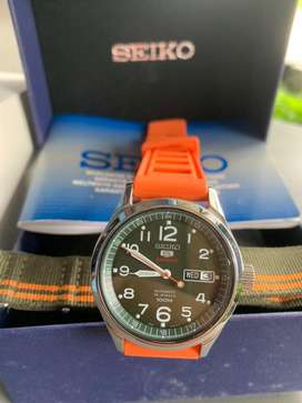 Seiko 5 sport green series