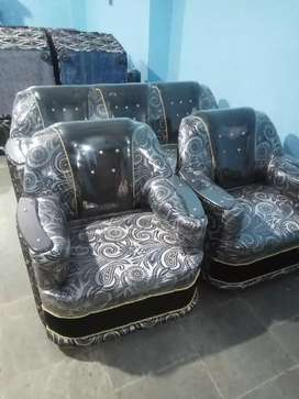New brand sofa set 5seater Free home delivery within 10kmh
