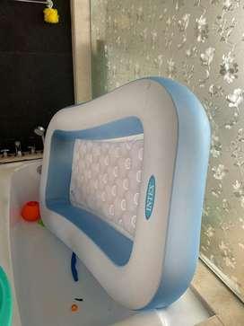 Bathtub for babies