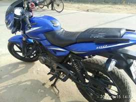 Pulsar 180 genuine km run all services done at showroom