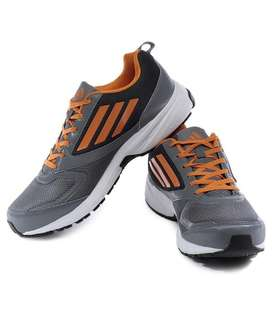 Branded Sports Shoes in Wholesale (100 MOQ)