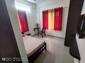 best furnished stay with food for working professionals