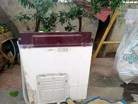 Videocon semi automatic washing machine