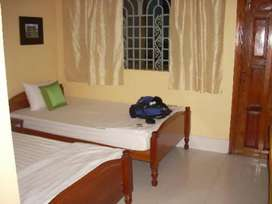 Well decorated room with attach washroom,, avilable 4 job holders