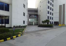 office space on noida expressway