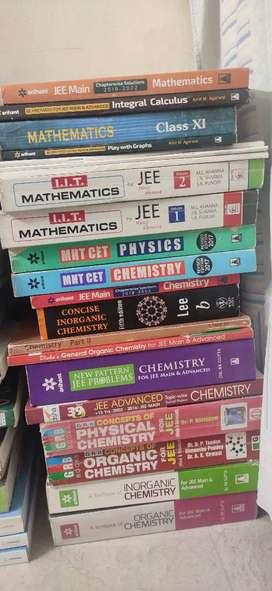 Jee books.(very nice conditions)(price Negotiatable)