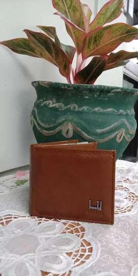 Dompet lipat bahan kulit