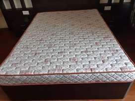 Sleep Wel Brand Queen size Matress ..Only two months used.