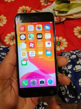 I phone 6s 128gb  in scratchless condition