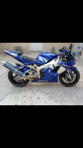 Yamaha R1 2001, 2002 best of all time in 1000cc category, like brand n
