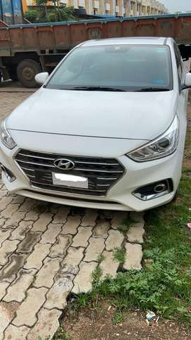 Hyundai Verna 2018 new shape top end