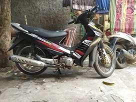 Suzuki Shogun 125 R