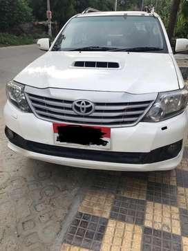 Toyota Fortuner 3.0 4x4 MT, 2012, Diesel