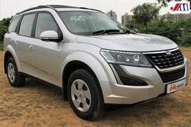 Mahindra XUV500 W7, 2020, Diesel