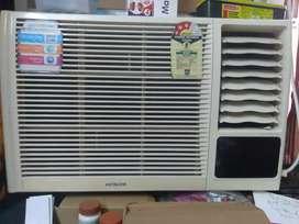 Hitachi 1 ton window Ac Good running condn