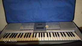 Yamaha Keyboard PER295