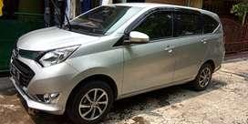 Over Kredit Daihatsu Sigra R 1200 Manual Warna Silver 2018