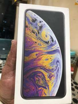 xs max 64 gb silver as a new