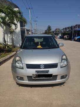 Suzuki Swift 1.5 2WD Automatic 2005  (CBU)