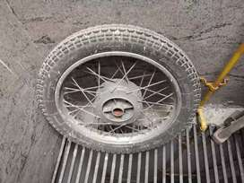 Rear  bullet  tyre ( 350 ) with rim