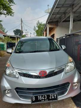 ToyotaAll NewAvanza1.3 E Mt2013 silver