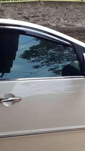 Kaca film untuk mobil dan gedung
