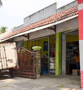 Dijual Rumah Toko Strategis,  Pinggir Jalan Perumahan Rp 375 Jt Nego.