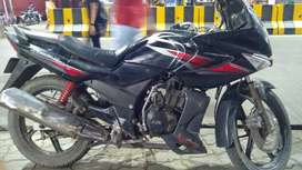 Gadi may thoda kaam h but engine is good
