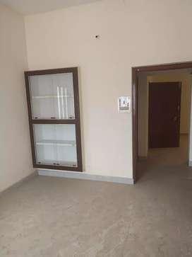 2BHk flats on rent in naria sundarpur road