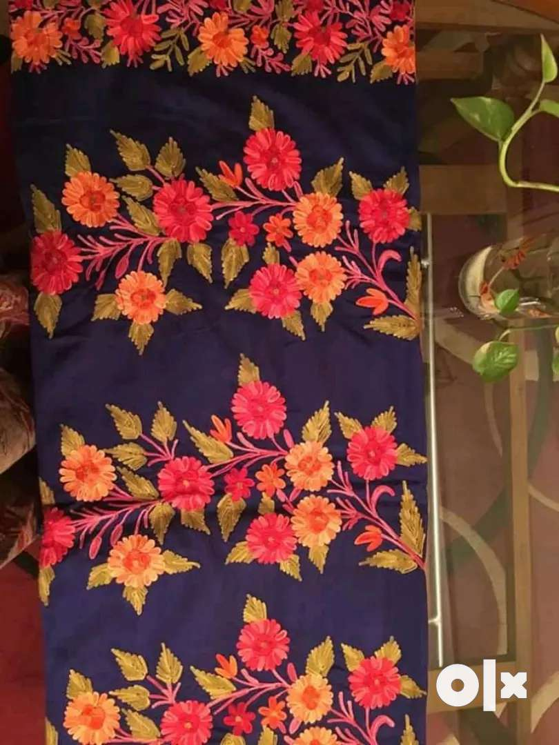 Selling stock for women apparels, jwellery, bags, Saree, suits. 0